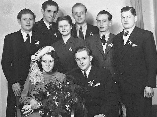 Fotografie ze svatby manželů Kubištových.