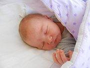 Lola Pokovičová se narodila 14. září, vážila 3,81 kg a měřila 50 cm. S maminkou Janou a tatínkem Lukášem bude bydlet v Mladé Boleslavi, kde už se na ni těší sourozenci Ela a Teodor