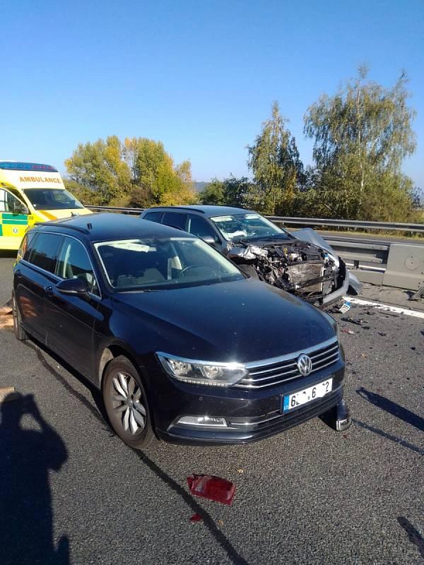 Hromadná nehoda na dálnic D10.
