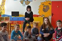 Studenti z gymnázia oživili dění v mateřské škole