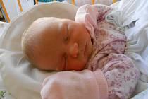 EMA Čorasová přišla na svět 21. února s mírami 3,3 kg a 48 cm. Maminka Lenka a tatínek Robert si ji odvezou domů do Žerčic.