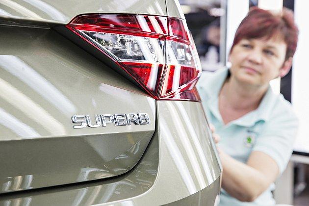 Škoda Superb slaví jubileum, zlinky sjelo 500tisíc vozů modelu.