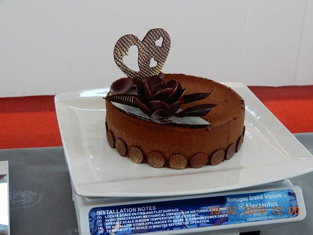 Cukrářská soutěž - čokoládový dort.
