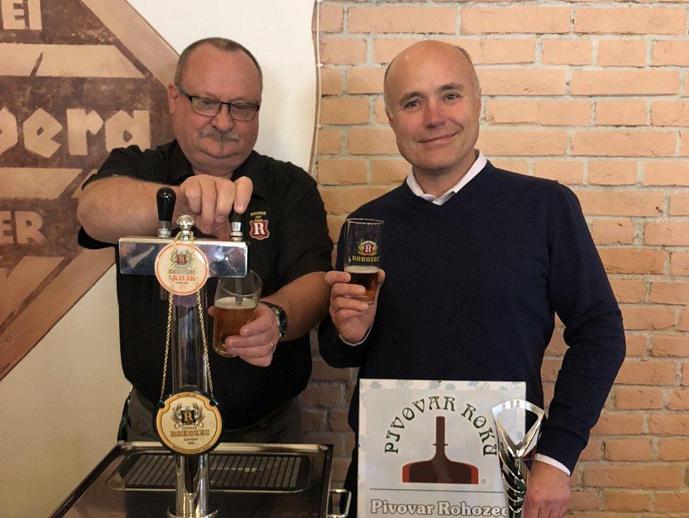 Velký úspěch pro pivovar z Českého ráje. V anketě, kterou pořádá Sdružení přátel piva se Pivovar Rohozec stal absolutním vítězem, když vyhrál kategorii Pivovar roku.