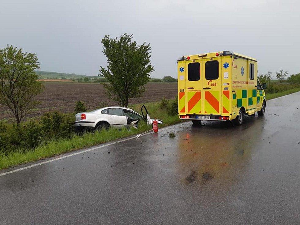 Z dopravní nehody u Nepřevázky 10. května 2020.