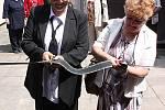Otevření nové smuteční síně v Bezně na Mladoboleslavsku.