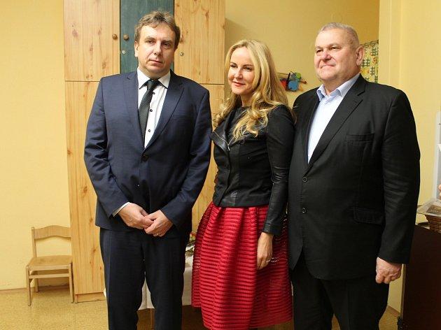 Boleslavská nemocnice dostala dar od Kapky naděje