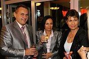 Prezident FK Mladá Boleslav Josef Dufek s manželkou Janou.