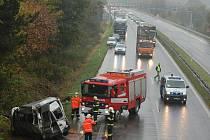 Hromadná nehoda na R10 u Mnichova Hradiště.