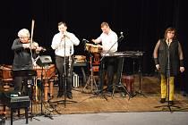 Z koncertu souboru Hradišťan v Městském divadle v Mnichově Hradišti.