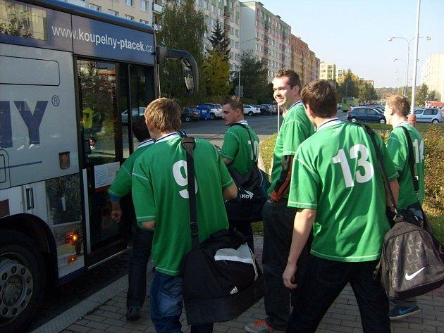 Linkou B vyrazili hráči Sportingu k zápasu na druhý konec města