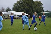 Z oslav 50 let založení fotbalu v Jabkenicích.