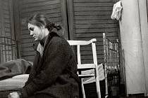 Andrea Elsnerová ve hře Tři sestry