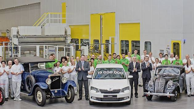 Bílá Škoda Fabia má pořadové číslo 19 milionů
