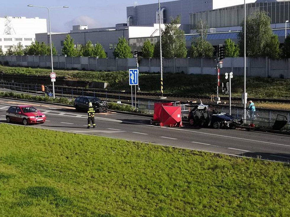 Smrtelná dopravní nehoda v Mladé Boleslavi.