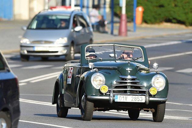 Závod veteránů Oldtimer Bohemia Rally.