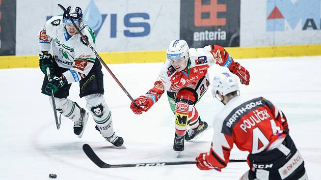 Hokejisté Mladé Boleslavi vyhráli v Pardubicích 5:4 po samostatných nájezdech.