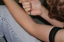 Uživatelé drog se mohou obrátit na K-centrum