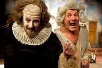 V pátek měla na velké scéně městského divadla premiéru komedie Ephraima Kishona Byl to skřivan.