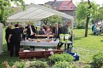 V sobotu 18. května byla na pozemku Husova domu slavnostně odhalena pamětní deska M. R. Štefánika