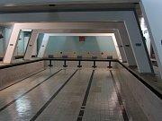 Vypuštěný bazén v mladoboleslavské sokolovně
