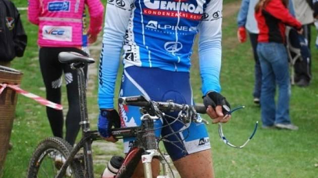 První závod letošní sezony na horských kolech - půlmaratón v Českých Budějovicích, kde kraloval Boleslavák Váalav Ježek