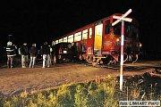Nehoda vlaku a osobního auta - ilustrační foto