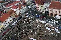 Archeologické vykopávky na Staroměstském náměstí.