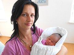 VIKTORIE Horychová se narodila 27. září mamince Simoně a tatínkovi Alešovi ze Žantova. Vážila 3,34 kg a měřila 61 cm. Doma se na ni už těší bráška Alešek.