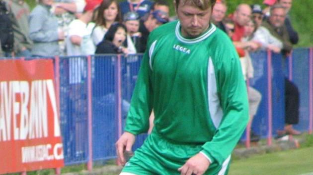 Ani zkušený bělský obránce Petr Kaulfus prohře svého týmu nezabránil.