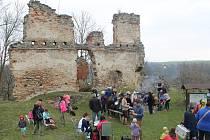 Jak slunečné, tak deštivé počasí provázelo první výlet obnoveného Klubu českých turistů z Mnichova Hradiště.
