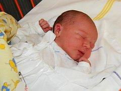 OLGA Vaverková. Malá slečna se poprvé podívala na svět 16. prosince. Narodila se rodičům Soně a Michalu z Mladé Boleslavi. Míry děvčátka jsou 51 centimetrů a 3690 gramů.