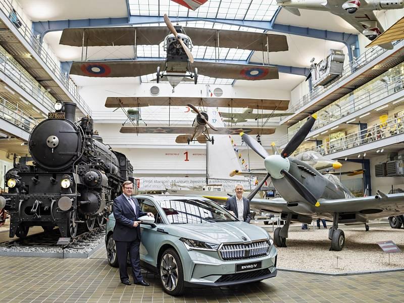 První v České republice vyrobený vůz Škoda Enyaq iV byl předán do sbírek Národního technického muzea v Praze.
