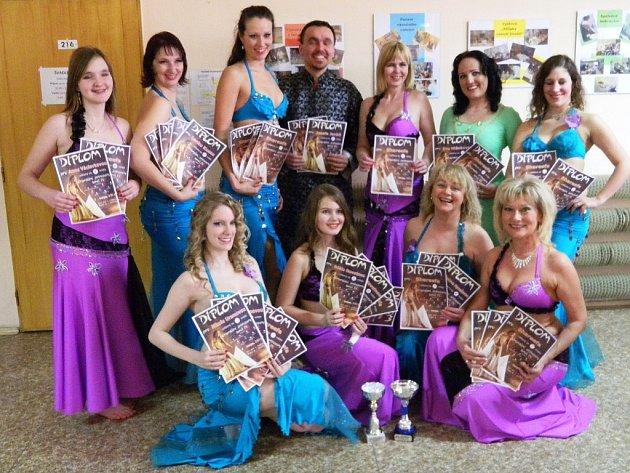 Taneční skupina Shareefa bodovala na soutěži