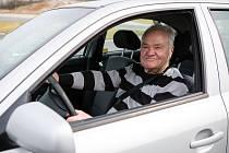Praktické jízdy řidičů - seniorů na polygonu.