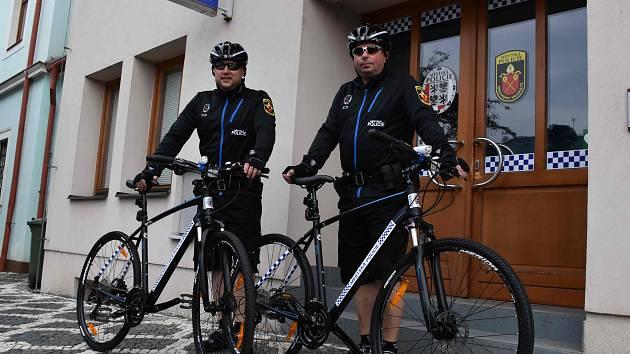 Strážníci v Mnichově Hradišti mají nová kola