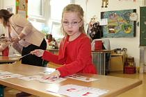 Zápis v prvních tříd základních škol v Mladé Bolelsavi, únor 2016