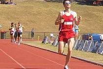 Boleslavský běžec Vojtěch Koudelka si běží pro zlatou medaili na světovém šampionátu transplantovaných.