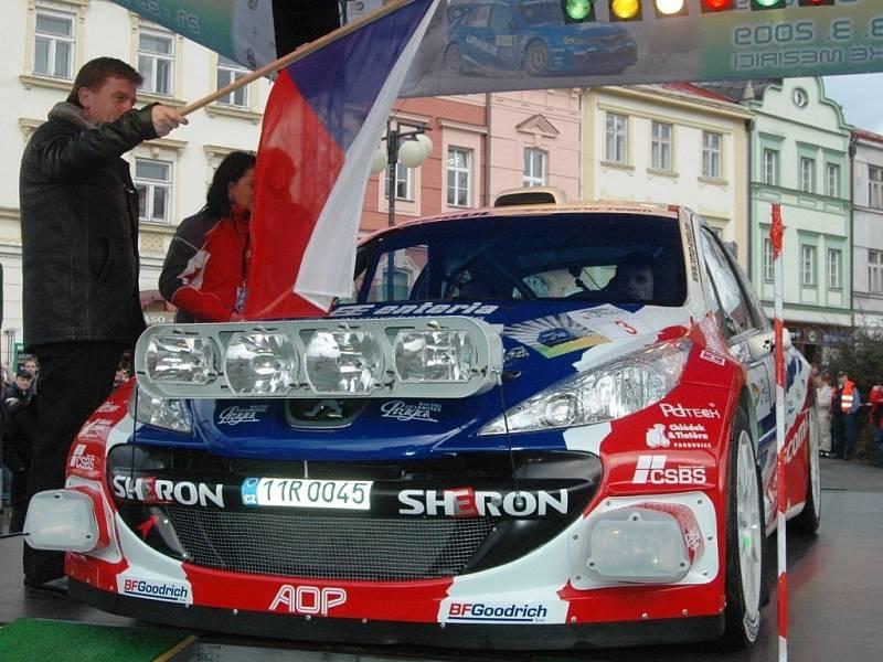 Start do Valašské rally st. číslo 3 Roman Kresta – Petr Gross