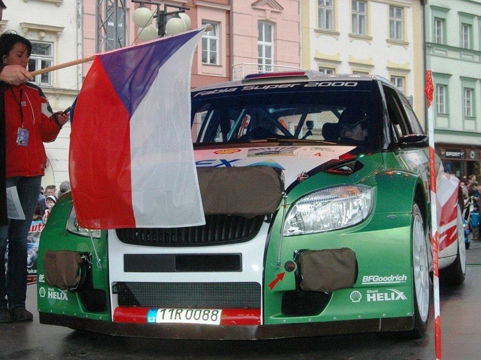 Start Cetelem Valašské rally, st. číslo 4 posádka Kopecký – Starý, Škoda Fabia S2000