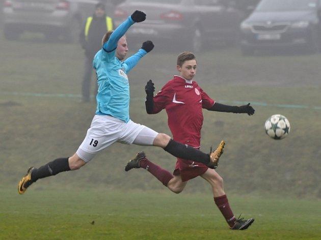 Na hřišti SK Kosmonosy se odehrál fotbalový zápas 1A třídy skupiny B Středočeského kraje mezi SK Kosmonosy a Sokolem Luštěnice s konečným výsledkem 3:1.