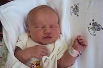 NATÁLIE Kubíková přišla na svět 7. července s mírami 3,08 kg a 46 cm. Domů do Hřivna si ji odveze maminka Lucie a tatínek Josef.