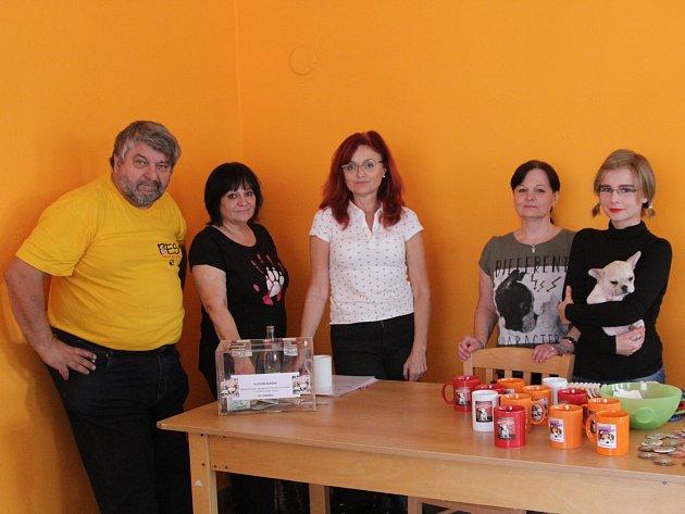 Boleslavské občanské sdružení na ochranu zvířat pořádalo charitativní bazar