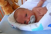 Peter Linhart, Lhotky. Narodil se 10. července, vážil 3,16 kg a měřil 50 cm.  Maminka Stanislava, tatínek Peter a bráška Kristián.