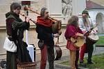 Kosmonoskou Loretou se v sobotu odpoledne linuly vánoční tóny středověké hudební skupiny Řemdih.
