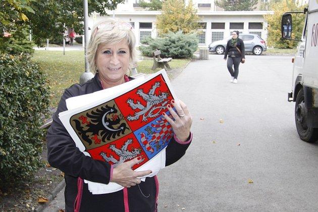 Příprava volební místnosti na 6.ZŠ vMladé Boleslavi
