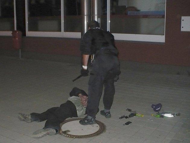 Zadržený pachatel vloupání do pizerie