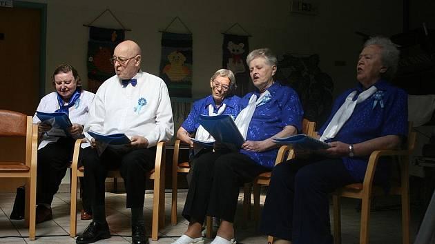 Domov důchodců Modrý kámen v Mnichově Hradišti oslavil desáté narozeniny.