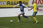 Teplice (ve žlutém) podlehly doma Mladé Boleslavi 0:2