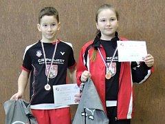 Václav Simon vyhrál dvouhru a poté bral ve smíšené čtyřhře společně s Karolínou Kalkušovou bronzové medaile.